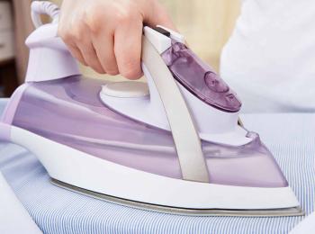 Фото «Как правильно гладить шторы?»
